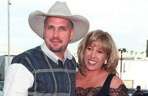 Cost of Divorce: $125 million Country music star Gart...