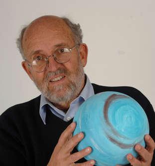 2019年诺贝尔物理学奖揭晓!3位科学家分享奖项