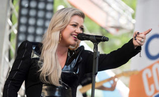 "Kelly Clarkson performs on NBC's ""Today"" show at Rockefeller Plaza on Friday, Ju..."
