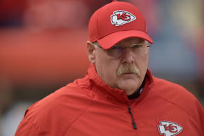 Chiefs Coach Andy Reid and the referee Clete Blakeman during Kansas City's loss ...