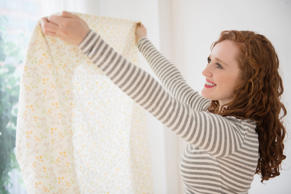 A Step-By-Step Guide to Folding a Fitted Sheet by Yourself